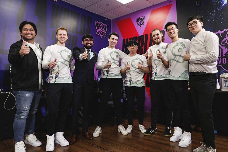 FlyQuest vybojovali první výhru pro Ameriku, G2, Damwon Gaming a TOP Esports stále stoprocentní