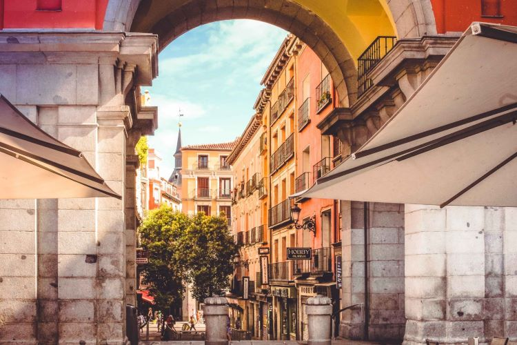 Archway at the beginning of Plaza Mayor