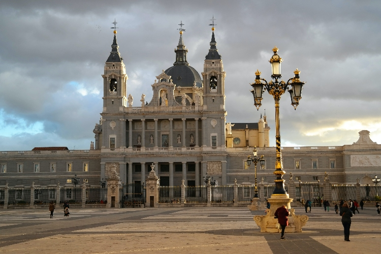 Square with Palacio Real de Madrid set in the background