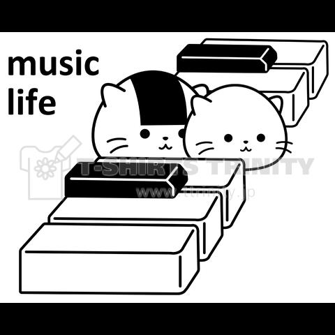 ピアノの鍵盤おにぎり猫