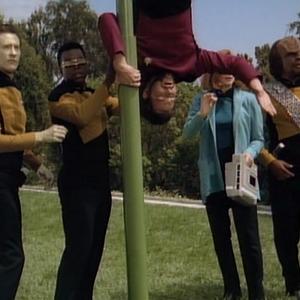 "Trek TV Episode 146 - Star Trek: The Next Generation S03E03 - ""The Survivors"""