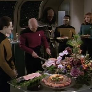 "Trek TV Episode 160 - Star Trek: The Next Generation S03E17 - ""Sins of the Father"""