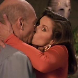 """Trek TV Episode 162 - Star Trek: The Next Generation S03E19 - """"Captain's Holiday"""""""