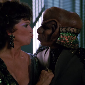 "Trek TV Episode 167 - Star Trek: The Next Generation S03E24 - ""Menage a Troi"""