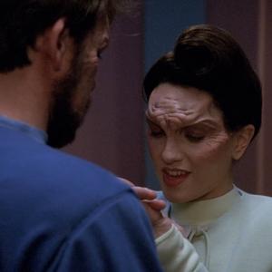 """Trek TV Episode 184 - Star Trek: The Next Generation S04E15 - """"First Contact"""""""