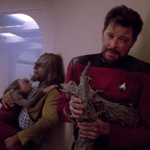 "Trek TV Episode 205 - Star Trek: The Next Generation S05E10 - ""New Ground"""