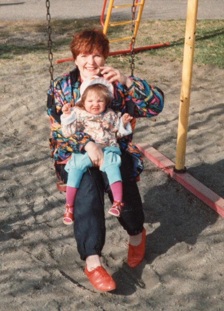 Heli Mustonen ja Hanna Attenberg vuonna 1994.