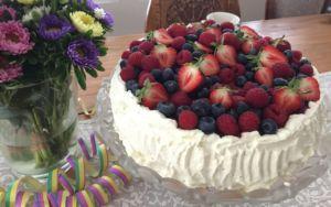 Kakku ja kukkia