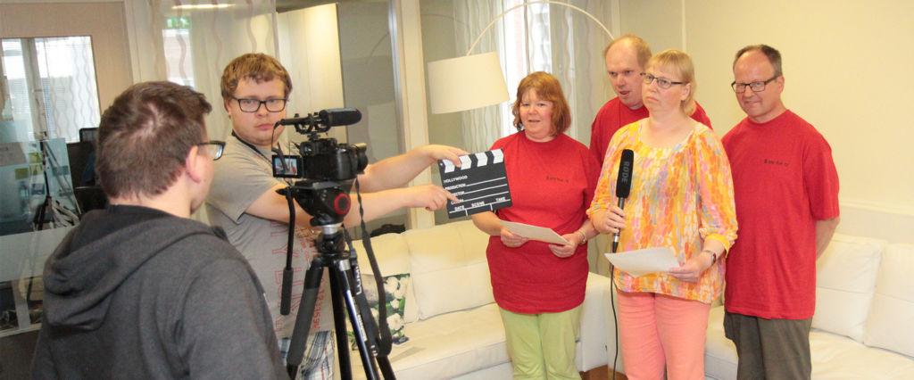 Teemaviikon julkilausuma kuvattiin videolle.