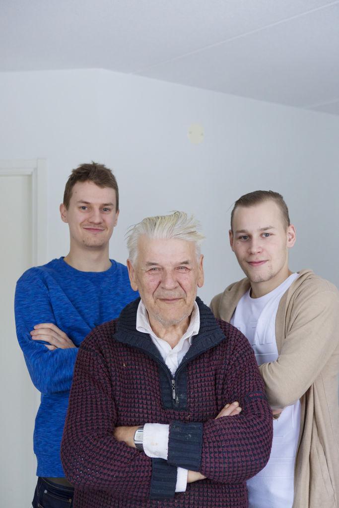 Risto Mäentien mielestä Oskari Savolainen ja Jere Virinsalo ovat mukavia naapureita.