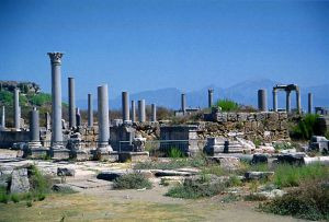Ruins in Perge from the ancient Roman period