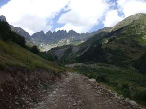 Trekking on Kackar Mountains, at a height of 3300m. The Altiparmak Ridge is visible in the distance.