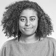 Julia Teodoro, Estudante de Moda, Community manager freelancer, Advisor do projeto Plano de Menina e podcaster no AfroPausa