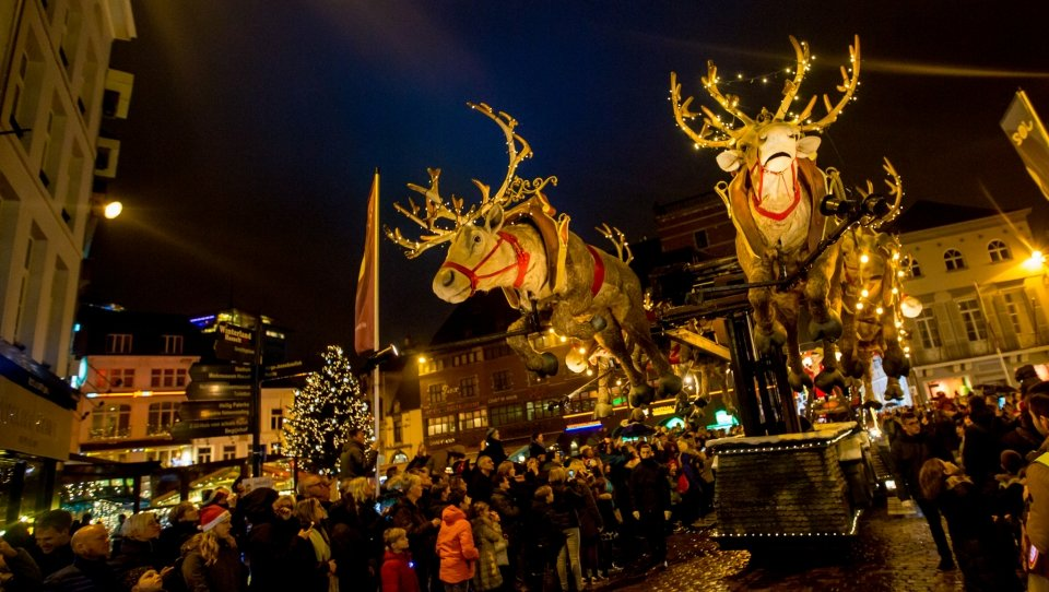 100ste Kerstparade in thuisstad Roeselare