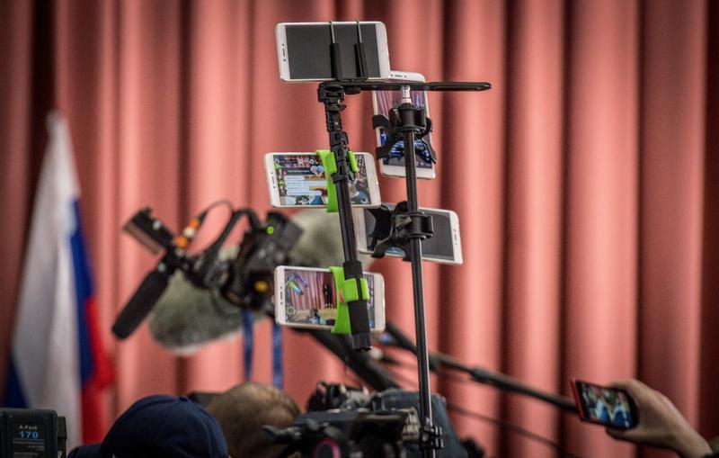 網紅、素人暗樁、假帳號  值得信賴的口碑行銷?_(攝影/AFP PHOTO/Mladen ANTONOV)