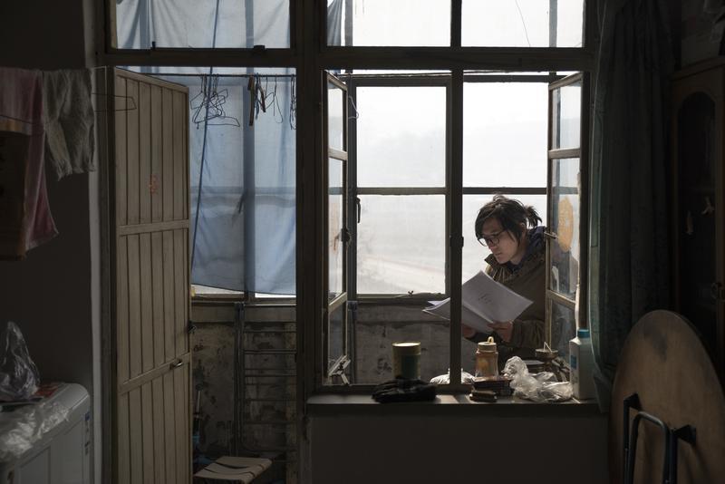 戲裡戲外,搶那片刻的天光──胡波與他的最佳影片《大象席地而坐》_(攝影/潘圖)