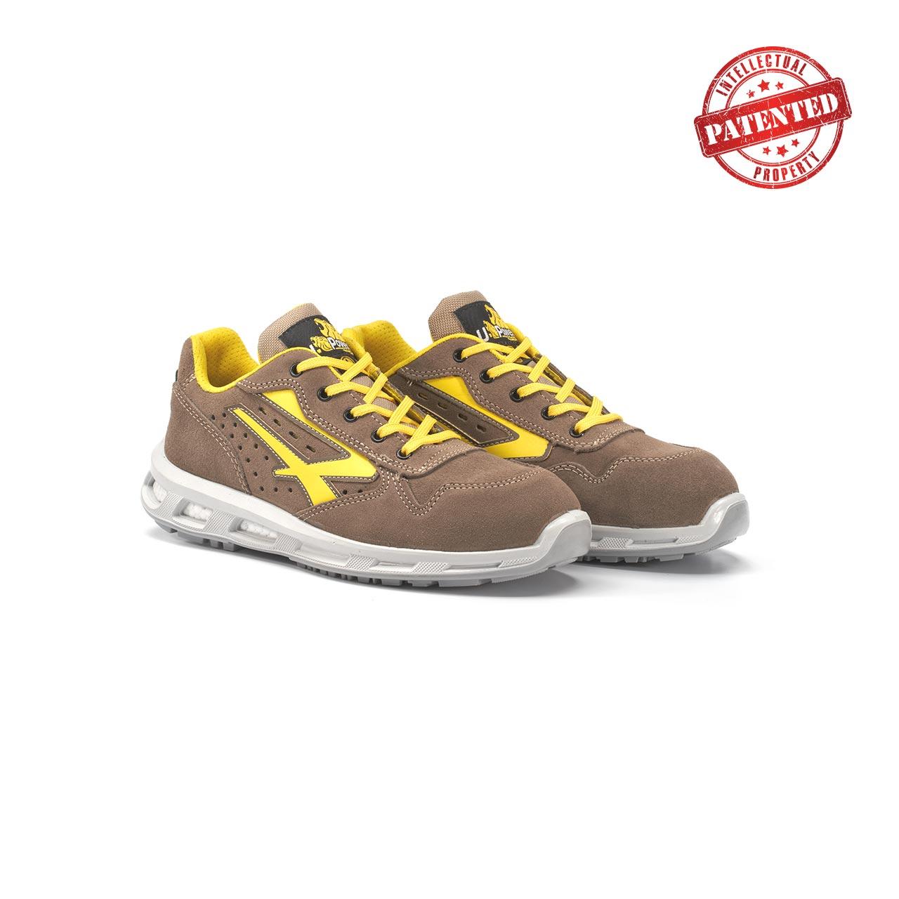 paio di scarpe antinfortunistiche upower modello adventure linea redlion vista prospettica