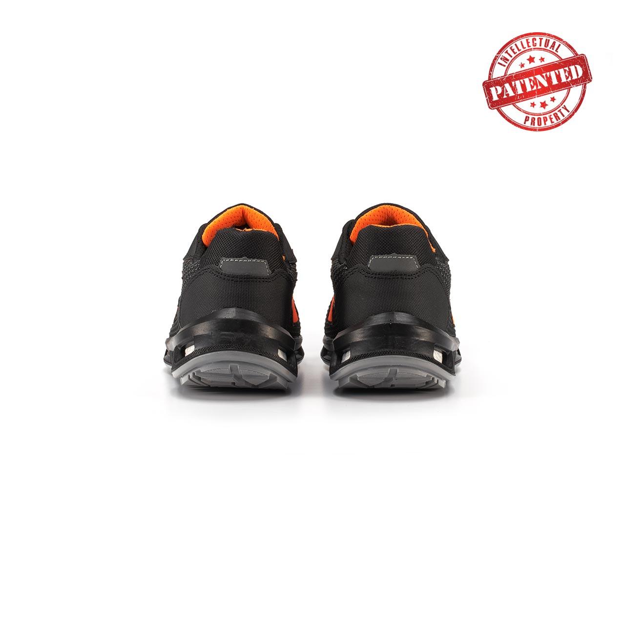 paio di scarpe antinfortunistiche upower modello kindle linea redlion vista retro