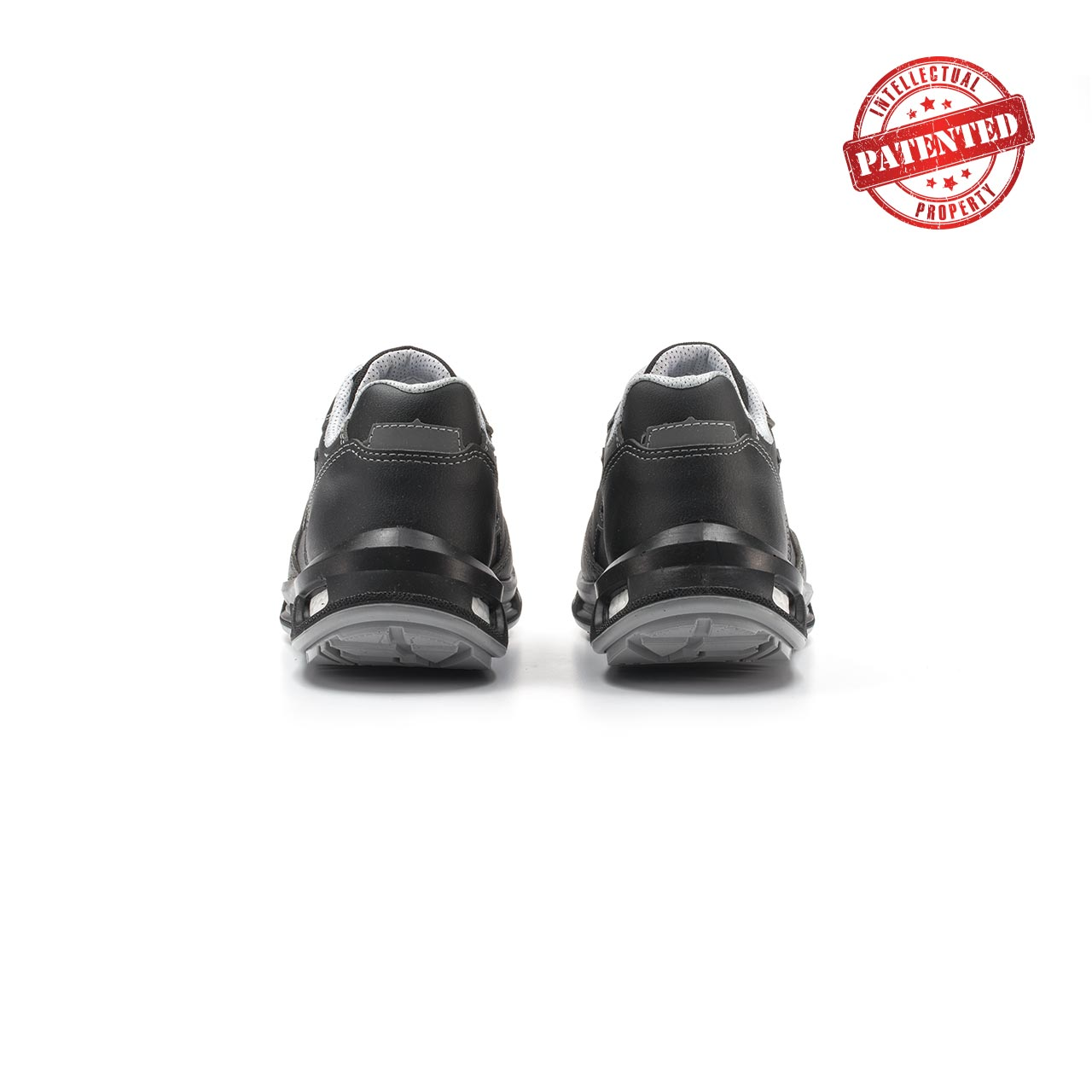 paio di scarpe antinfortunistiche upower modello linkin linea redlion vista retro