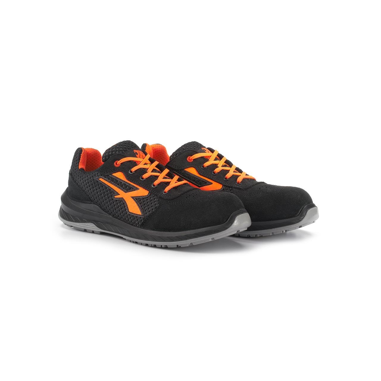 paio di scarpe antinfortunistiche upower modello nairobi linea redindustry vista prospettica