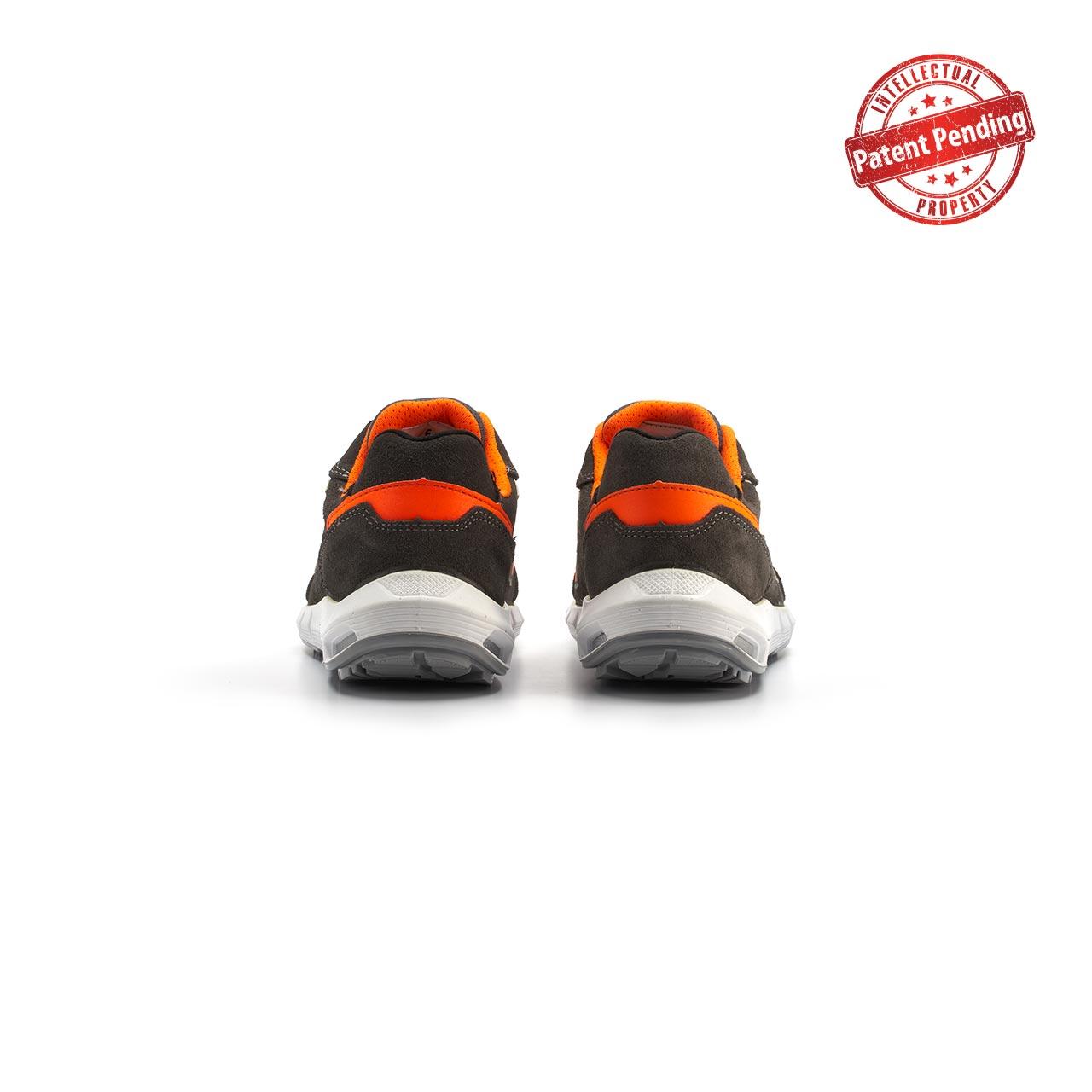 paio di scarpe antinfortunistiche upower modello sirio linea redup plus vista retro