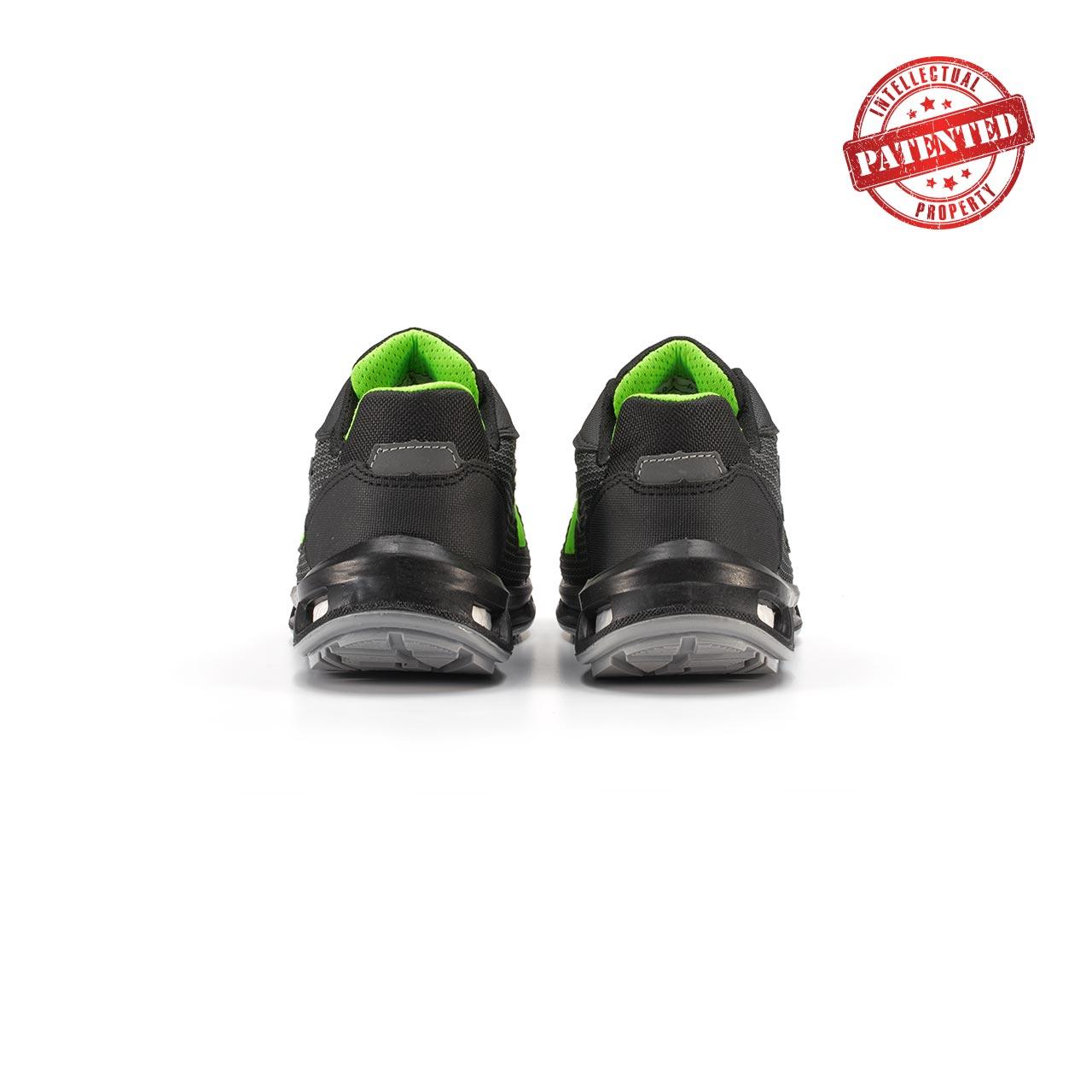 paio di scarpe antinfortunistiche upower modello strong linea redlion vista retro