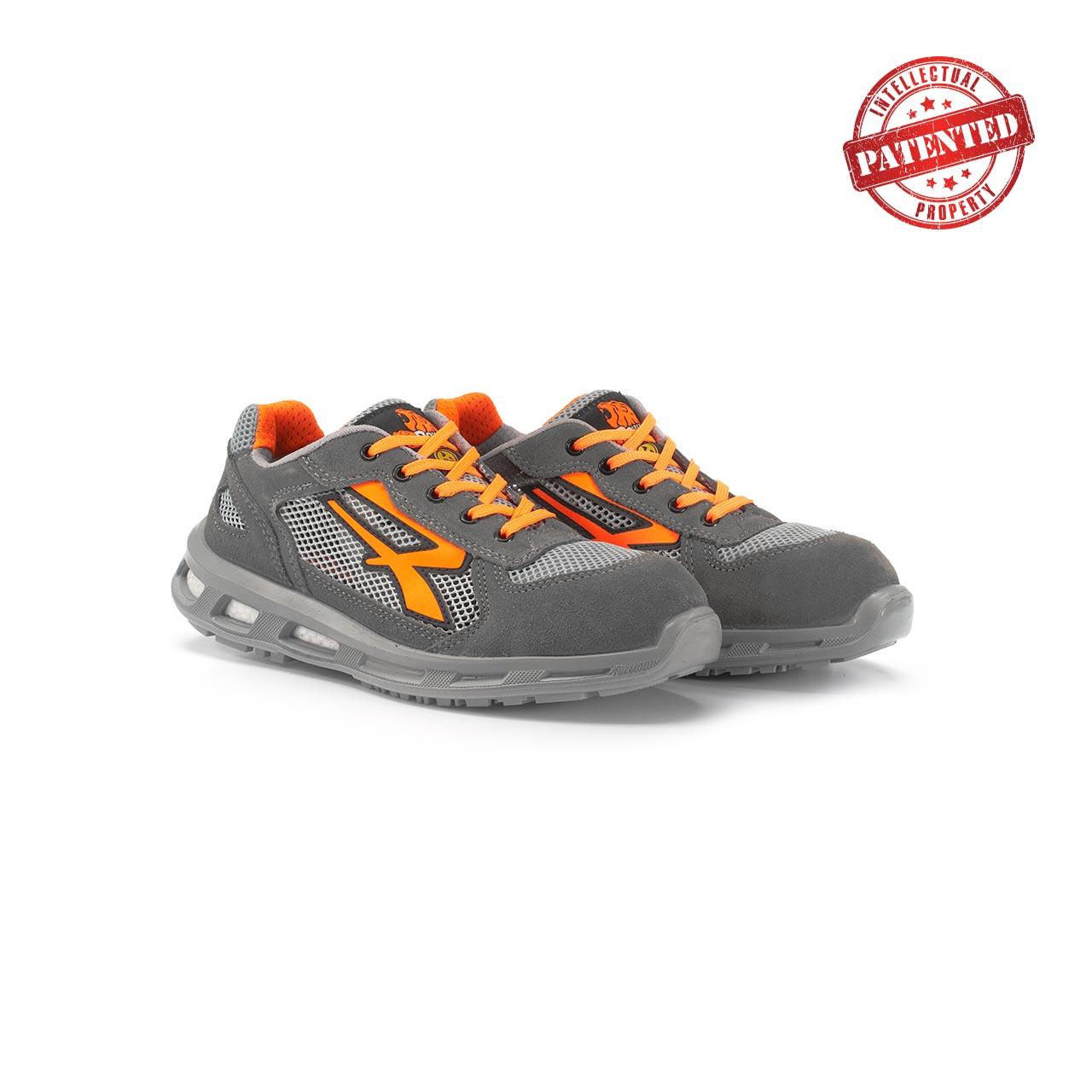 paio di scarpe antinfortunistiche upower modello ultra linea redlion vista prospettica