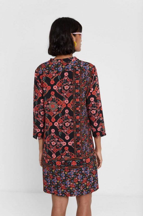 67c0ce83-vestido-desigual-valeria-floral-boho-.jpg