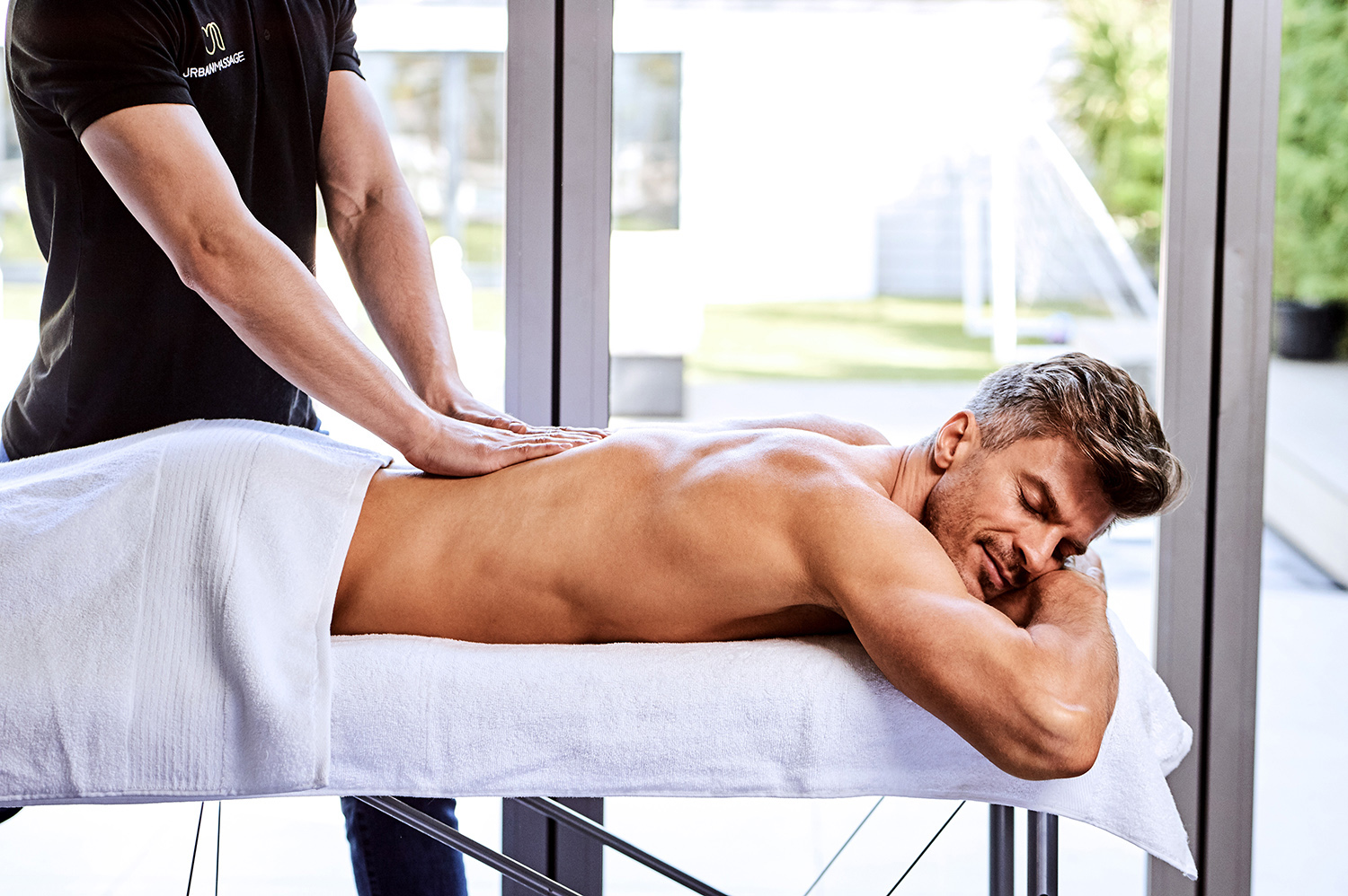 Muscle males massage