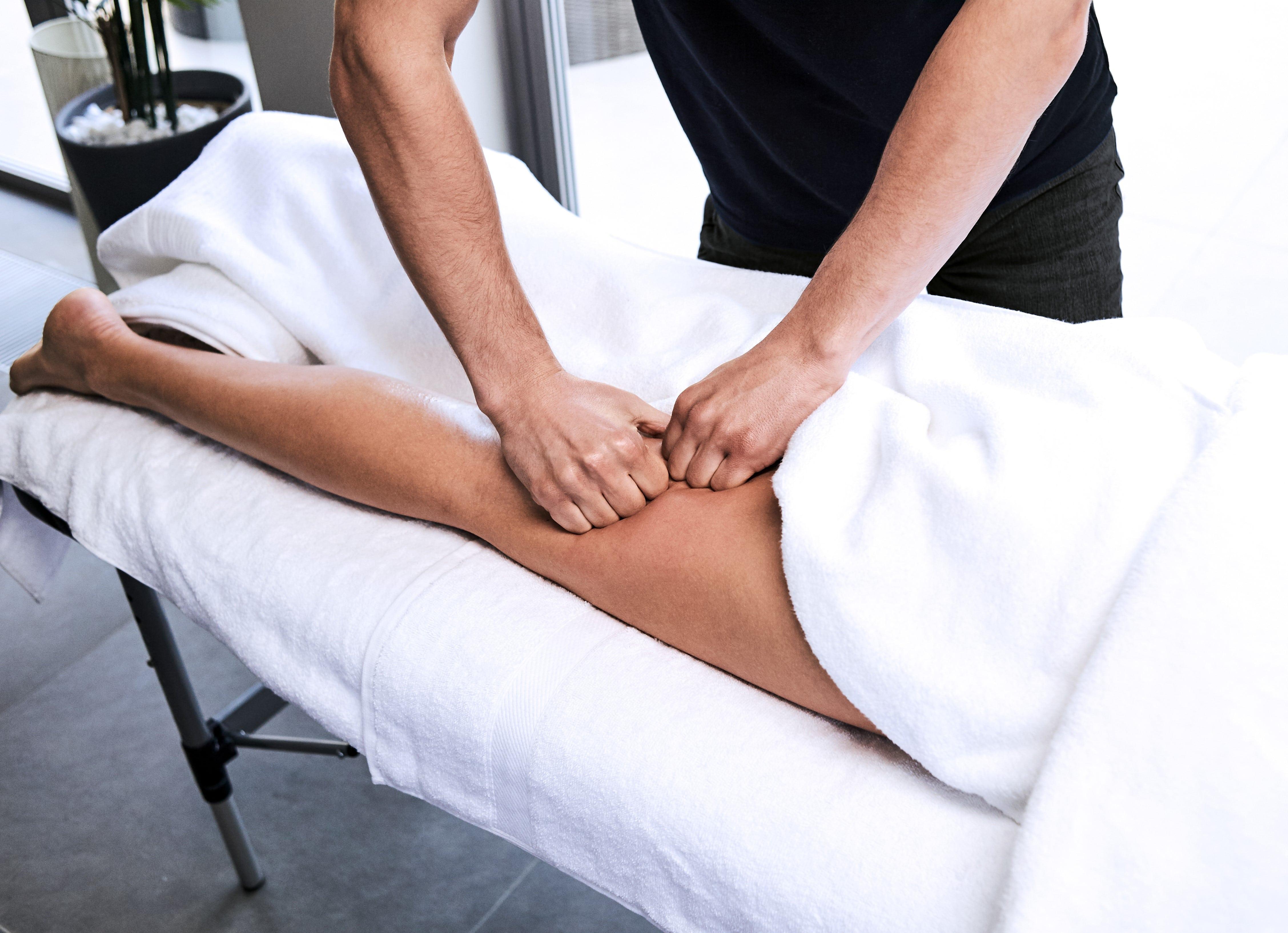 Top 5 des remèdes contre les courbatures au ski – Blog Urban Massage