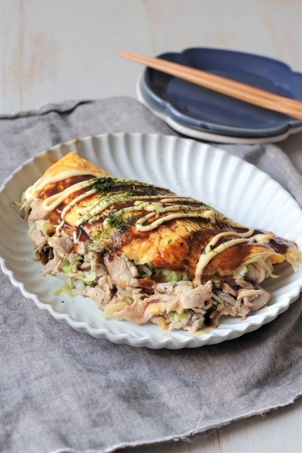Cabbage Pancake with Pork and Egg