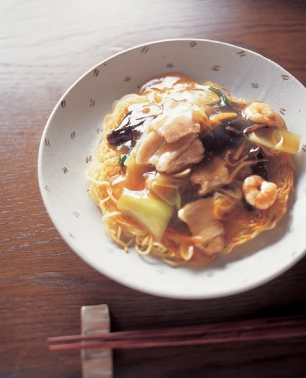 Fried Noodles with Starchy Sauce