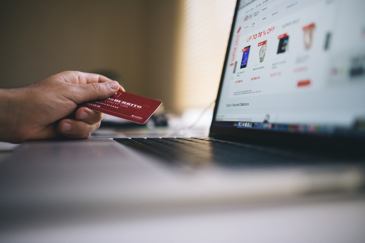 6 smart ways to manage your spending