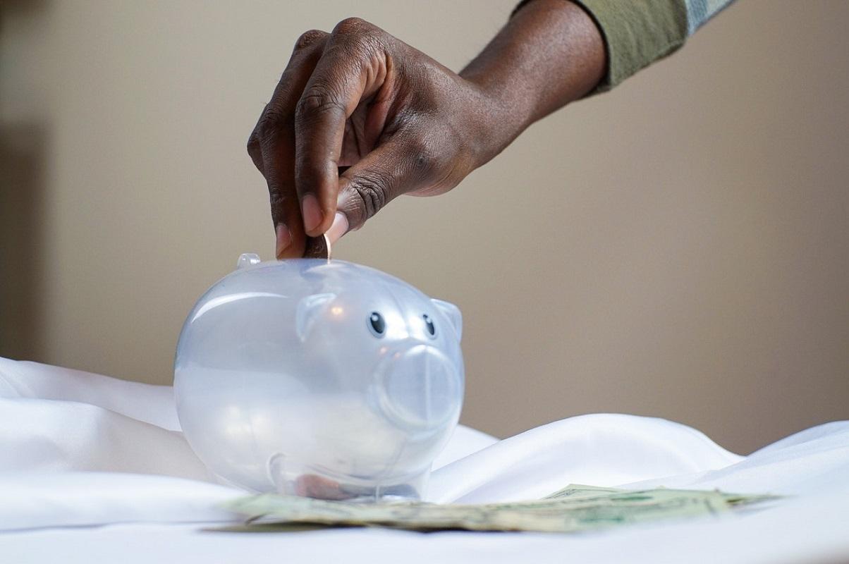 Bored of cash savings? Here are 7 interesting alternatives