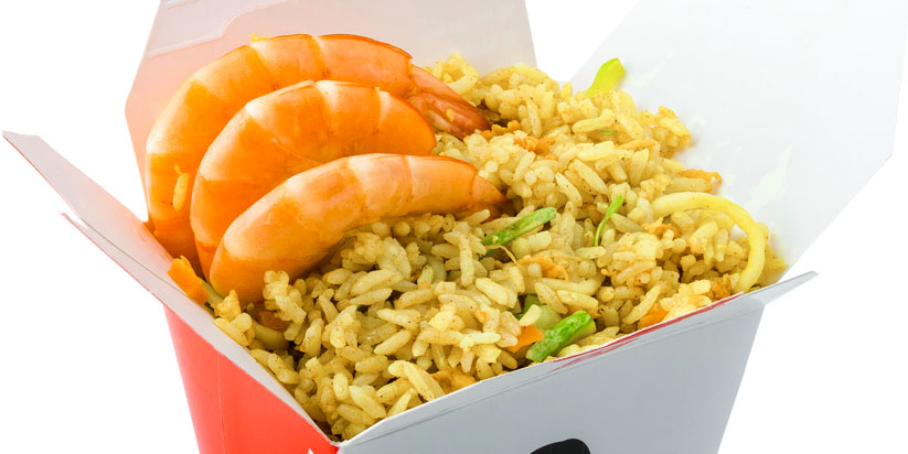 Oriz, karkaleca, kungull, salcë kerri tajlandeze