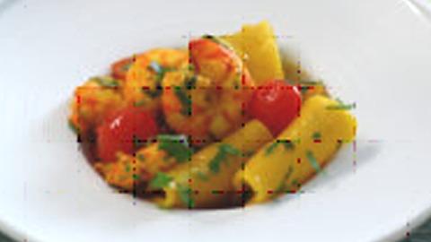 Paccheri me domate dhe karkalec