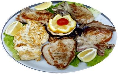Mish qingji, biftek viçi, bërxollë viçi, fileto gici, bërxollë gici, fileto pule pë 2 ose 3 persona 750 gram
