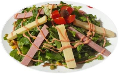 Sallatë shef, jeshile, domate, kaçkavall, pancetë