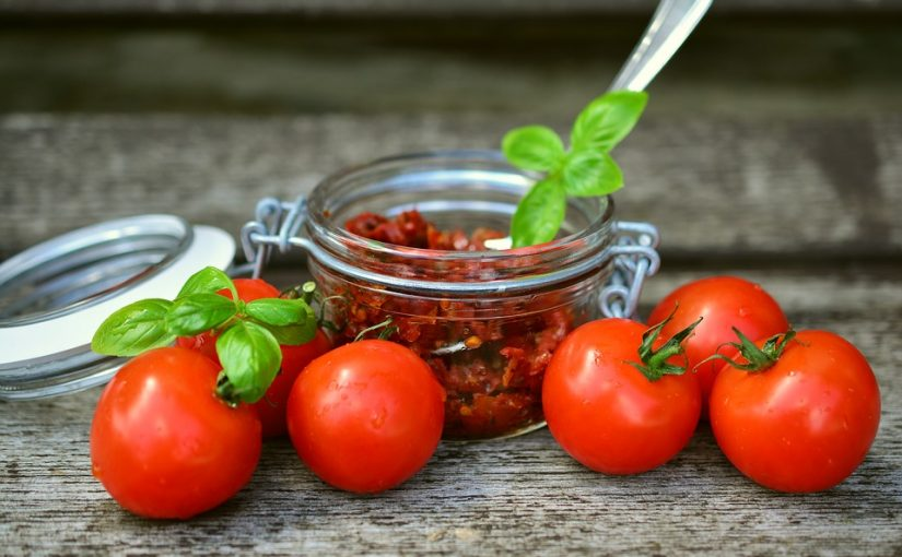 7025a973 tomatoes 2500784 960 720 825x510