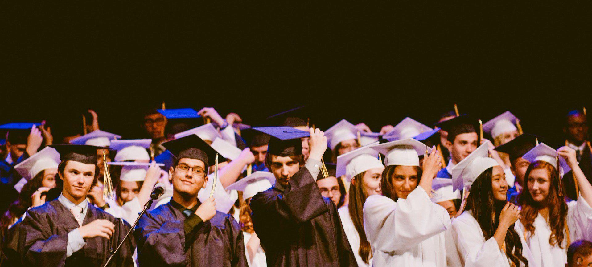7 commandements pour recruter vos commerciaux jeunes diplômés