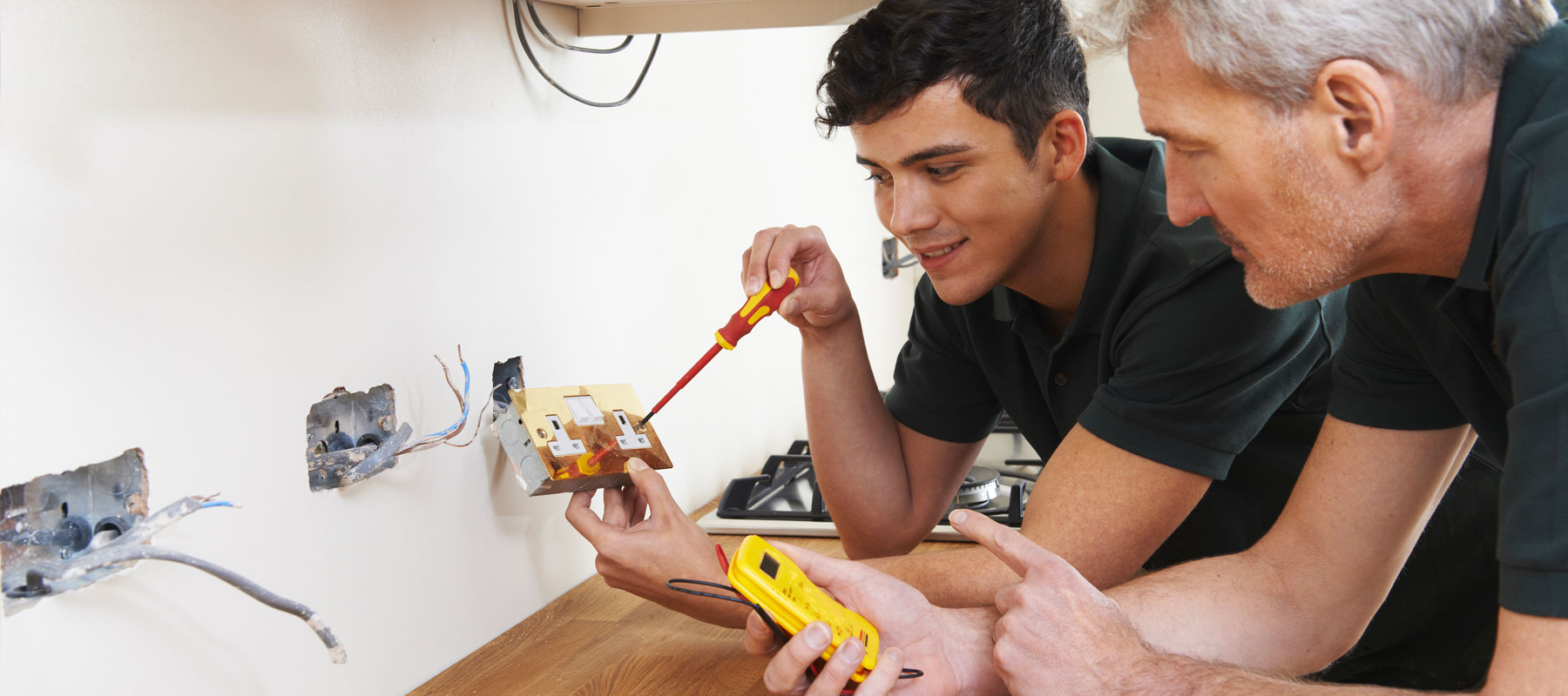 Commercial Electrical Services Agoura hills   US Electrical