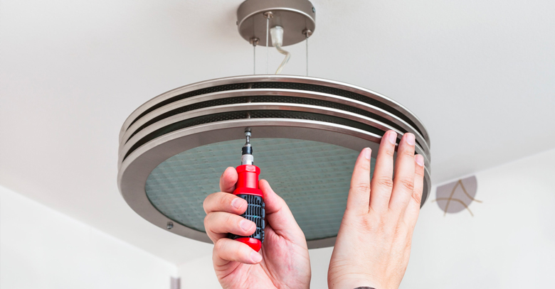 Is Your Light Fixture Not Working We Can Help | US Electrical