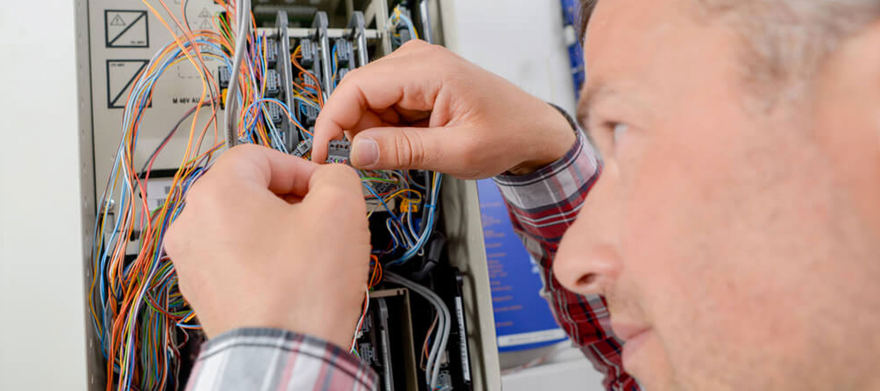 Circuit-Breaker-Fuse-Repair | US Electrical