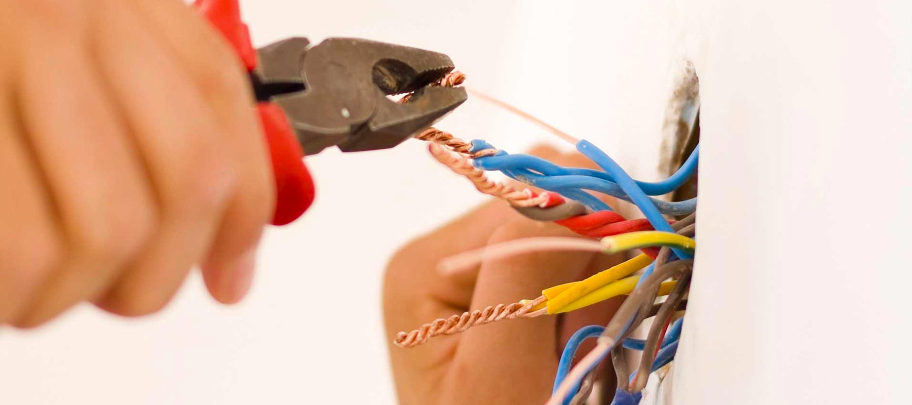 How Can Rewiring A House Help You | US Electrical