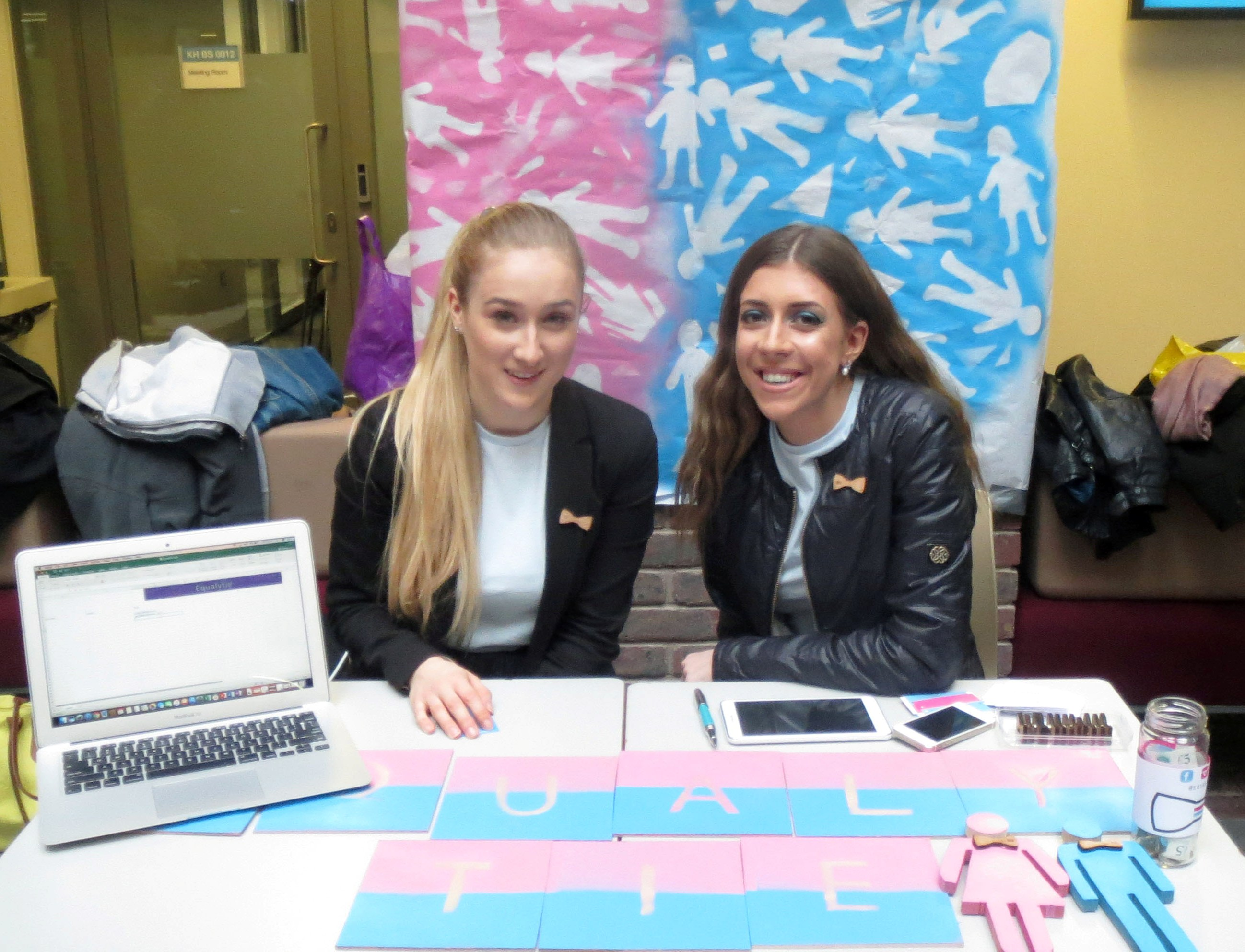 Our first trade fair show, a stand at the Kingston University where we gathered one of the first user testings.