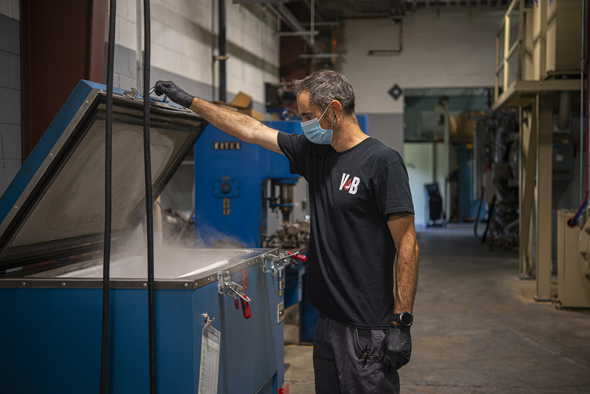Vacu Brace employee works with cryogenic processing