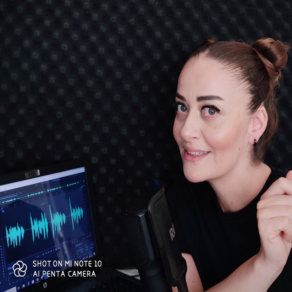Arzu Güner is a voice over actor