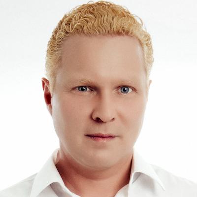 Ilja Rosendahl is a voice over actor