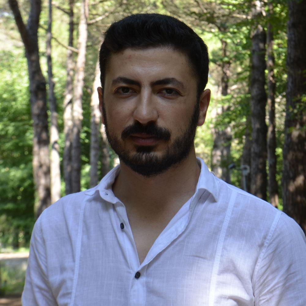 UĞUR ÜNAL is a voice over actor