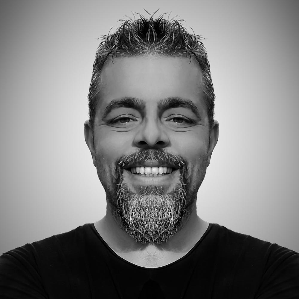 Çağatay Tütüniş is a voice over actor